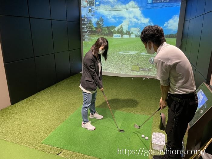 チキンゴルフ札幌店の練習風景